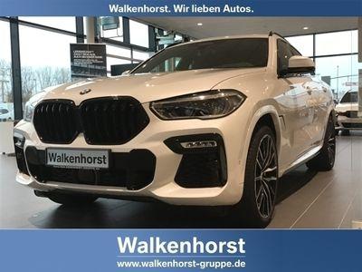 gebraucht BMW X6 xDrive 40i M Sport EU6d-T Park-Assistent Laserlicht Leder LED StandHZG AD Kurvenlicht