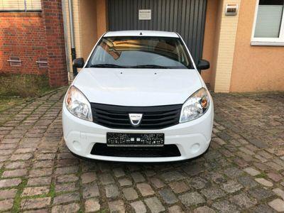 gebraucht Dacia Sandero Basis 39000 km 1 Hand Tüv 4/21