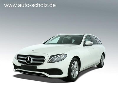 gebraucht Mercedes E200 AVANTGARDE+LED+NAVI+SD++KAMERA++PDC++SHZ