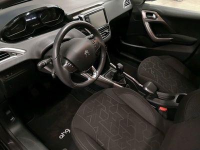 gebraucht Peugeot 2008 ACT PureTech PDC Bluetooth Sitzheizung