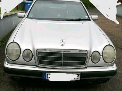 gebraucht Mercedes E280 w 210