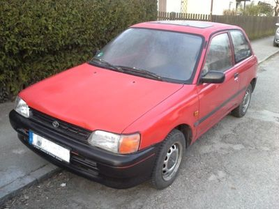 verkauft toyota starlet 1 3xli openair gebraucht 1994 km in rauenberg gewerb. Black Bedroom Furniture Sets. Home Design Ideas