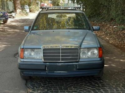 gebraucht Mercedes 230 MERCEDES 124 BENZINAUTOUMATIK