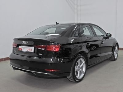 gebraucht Audi A3 Limousine 1.6 TDI sport LED, Navi Plus, VC, AHK