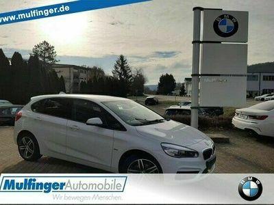 """gebraucht BMW 218 Active Tourer i Sport Line Navi LED 17"""" Sportpaket"""
