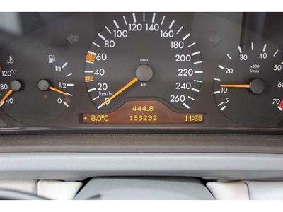 gebraucht Mercedes CLK320 Coupe Elegance