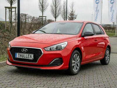 gebraucht Hyundai i30 5-T YES! 1,0 Benzin Turbo M/T