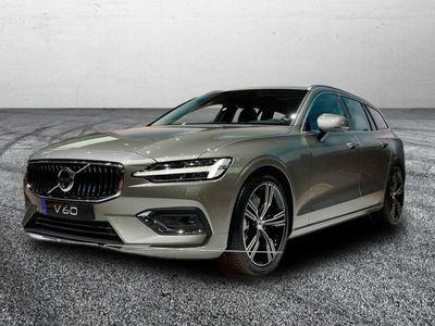 gebraucht Volvo V60 R-Design MY21 D4 Geartronic