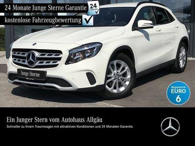 gebraucht Mercedes GLA200 d STYLE NAVI SITZHZG BUSINESS-P. SITZHZG