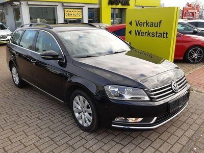 gebraucht VW Passat 2.0 TDI DSG +Navi +2x PDC +SHZ +AHK +Tempomat