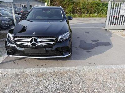 gebraucht Mercedes 250 GLC SUV4MATIC * 9G-TRONIC AMG LINE HEAD-UP-DISPLAY PANORAMA-SD PARK-PAKET