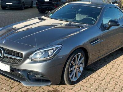 gebraucht Mercedes SLC200 9G-TRONIC AMGLine, Leder, Pano, Airscarf