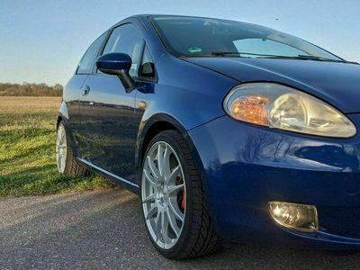 gebraucht Fiat Grande Punto 1.4 16V blau, 40mm Sportfahrwerk, TÜV 23