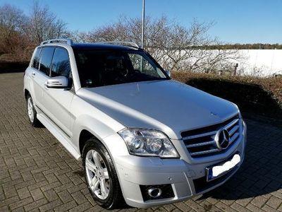 gebraucht Mercedes GLK320 Sehr guter Zustand und eine sehr gute Ausstattung