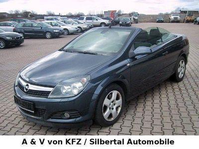 begagnad Opel Astra Cabriolet Twin Top 1.9 CDTI Klima, Scheckheft