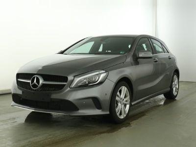 gebraucht Mercedes A180 Urban *Automatik*LED*Navi*PArkassistent*