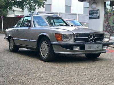 używany Mercedes 560 SLTop Gepflegt, Caro Sitze original 89t km,H-Zul.
