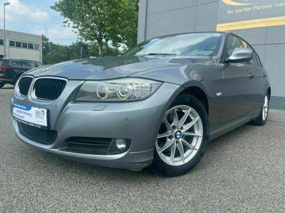 gebraucht BMW 320 i AUTOM/8FACH/NAVI PROF/SD/SH/PDC/TEILLEDER