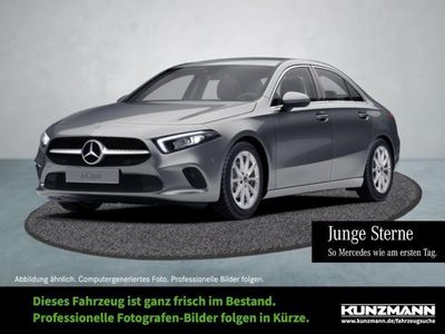 gebraucht Mercedes A180 d Limousine Progressive MBUX Navi LED
