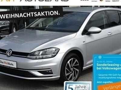 gebraucht VW Golf VII JOIN VII 1.0 TSI BMT | NAVI SHZ schwarz