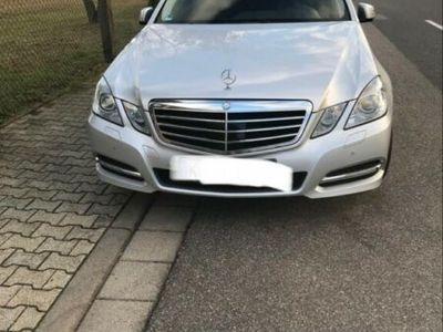 gebraucht Mercedes E300 BlueTEC HYBRID 7G-TRONIC