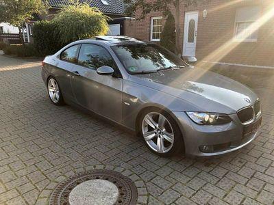 gebraucht BMW 320 i Coupe