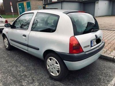 käytetty Renault Clio 1.4 Automatik