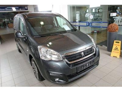 gebraucht Peugeot Partner 1.6 BlueHDI 120 L1 Premium, AHK, PDC, Klima, Sitzheizung