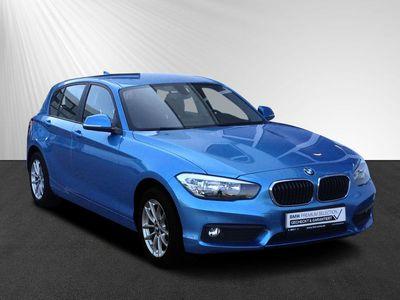 gebraucht BMW 116 d Adv. 5-Türer Aut. SHZ PDC