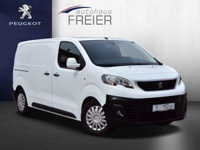 gebraucht Peugeot Expert L2H1 Premium bei Gebrachtwagen.expert