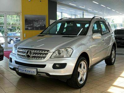 gebraucht Mercedes ML320 CDI 4MATiC*SPORT-PAKET*AHK*NAVi*PTS* als SUV/Geländewagen/Pickup in Kerpen