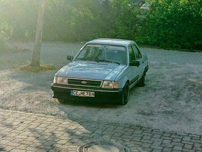 gebraucht Ford Orion 1.3 GL