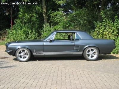 verkauft ford mustang 674 7lite v8 gebraucht 1967 140. Black Bedroom Furniture Sets. Home Design Ideas