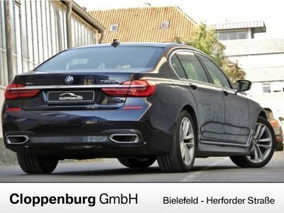 gebraucht BMW 730L D xDrive M Sportpaket G12 Lader parken VOLL