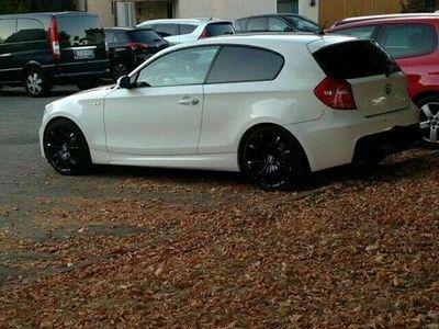 gebraucht BMW 118 Coupé D e87 EinzelstückM Paket als Sportwagen/ in Ludwigsburg