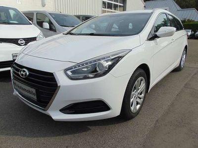 gebraucht Hyundai i40 Kombi Allwetterreifen/Klima/PDC