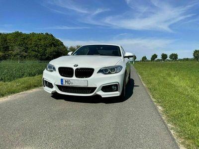 gebraucht BMW 225 2er d Coupe Sport-Aut. M Sport Navi LED