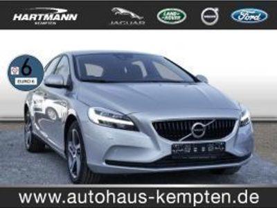 used Volvo V40 D3 Momentum (Navi LED Klima Einparkhilfe el. Fenst