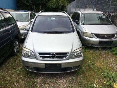 käytetty Opel Zafira 2.2 DTI 16V Elegance