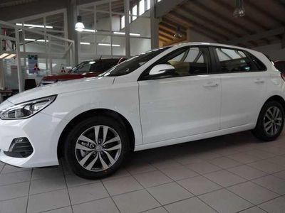 gebraucht Hyundai i30 1.0 T-GDI Trend AAC/PDC/KAMERA/SHZ/TEMP