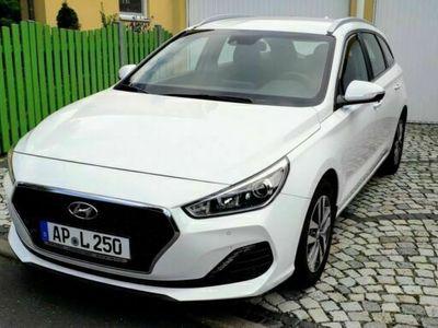 gebraucht Hyundai i30 Kombi 1.4 T-GDI Style