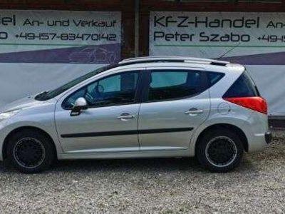 gebraucht Peugeot 207 Tend 1.4 Klima, Panoramadach!!!