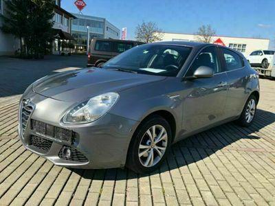 gebraucht Alfa Romeo Giulietta Tourismo/Klima/Leder/Navi als Limousine in Meckenbeuren