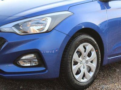 gebraucht Hyundai i20 Classic 1.25 CVVT - Spurwarnassiste...