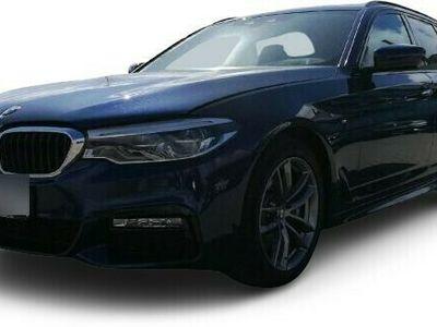 gebraucht BMW 530 530 d M Sport Touring Park-Assistent LED Navi Keyless Kurvenlicht HUD Parklenkass. Rόckfahrkam.