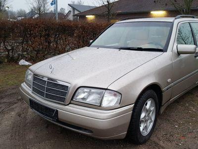 gebraucht Mercedes C180 C-Klasse T-ModellT