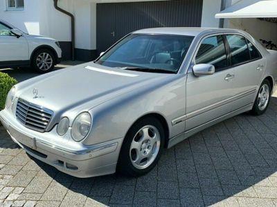 gebraucht Mercedes E320 Avantgarde, Xenon, Leder, Automatik, PDC