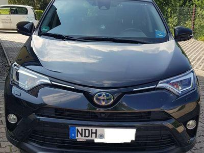 käytetty Toyota RAV4 2.5 4x2 Hybrid Executive, Garantie, Leder