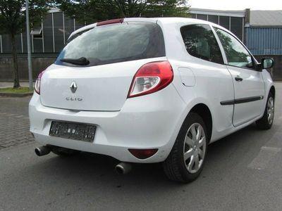gebraucht Renault Clio III -Zahnriemen-ist bei 95000-Neugemacht