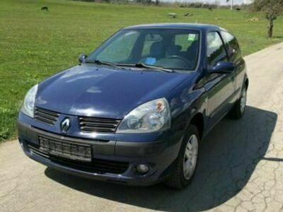 gebraucht Renault Clio 1.2 Authentique